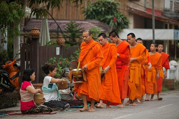 Almsgiving ceremony in Luang Prabang