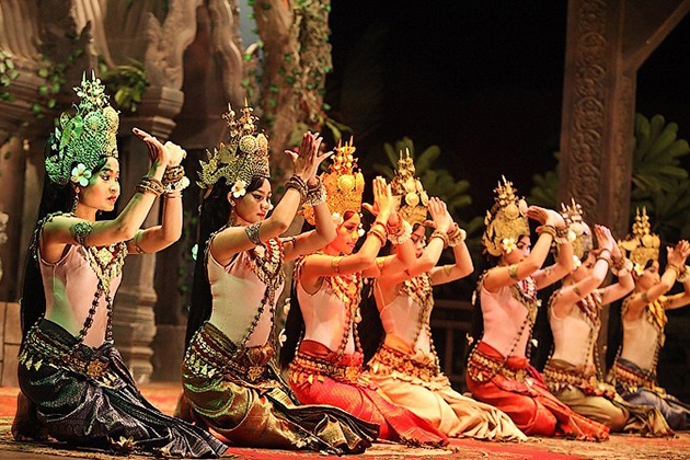 Apsara performance