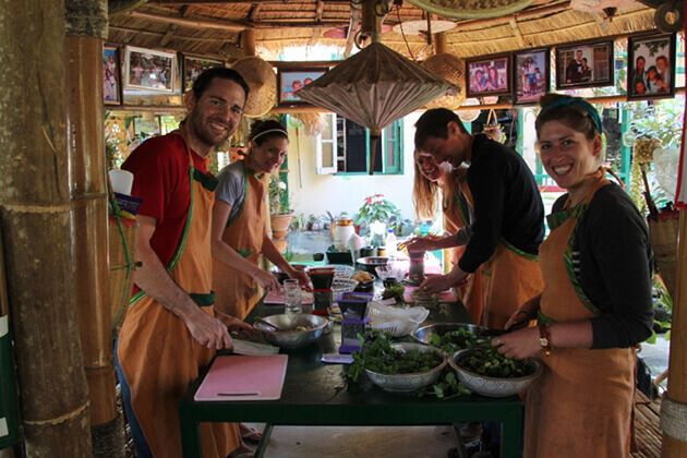 Cooking-class-in-Inle-Lake from Myanmar school trip