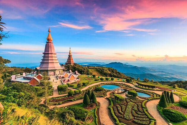 Doi Inthanon Park best spot to visit in Thailand student tour