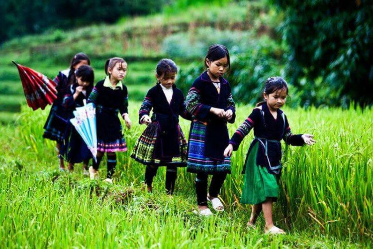 Explore-North-to-South-Vietnam-School-Trip