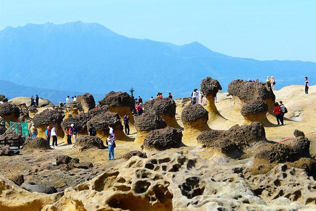 Explore Yeliu Geopark in Taiwan