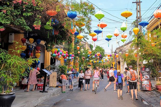 Hoi An -best destination in Vietnam school tour
