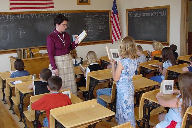 Importance-Of-Field-Trip-In-Teaching