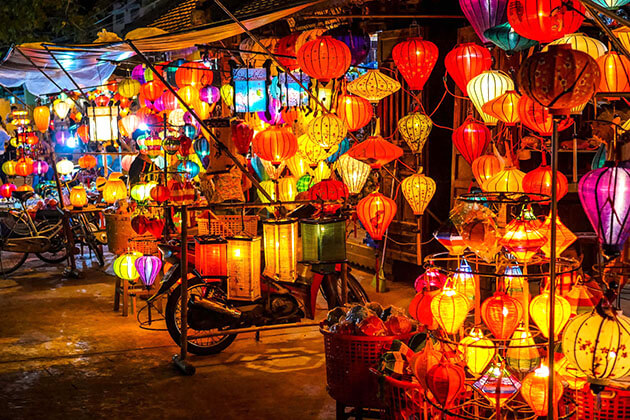 Picturesque Hoi An at night