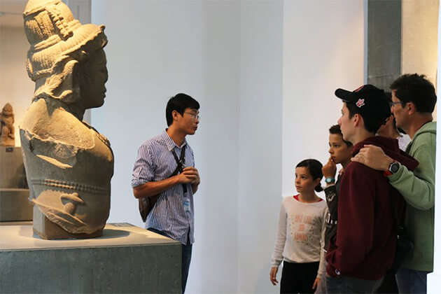Students join Cham Museum in Student Tour