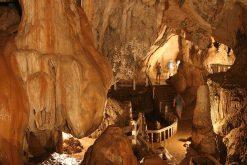 Tham-Jang-cave