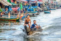 Tonlé Sap Lake exploration in Cambodia school tour