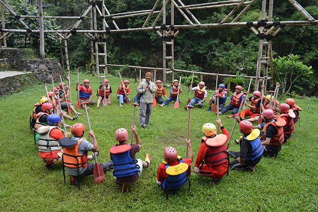 Useful tips for successful team-building in school trip