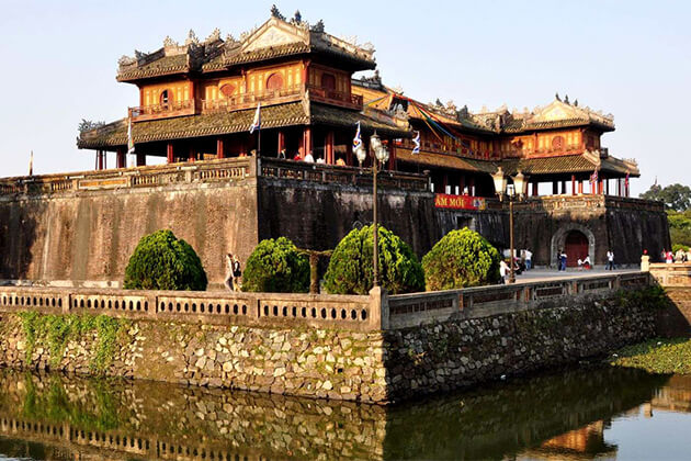 Visit The Imperial Citadel - Hue from Vietnam School Tour