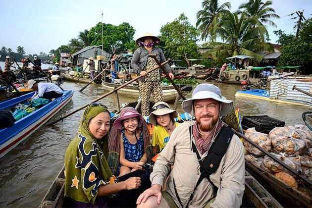 Visit the local family in Mekong Delta