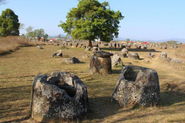 Xieng-Khoang-Plain-of-Jars