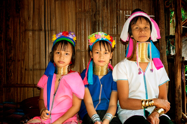 educational school trip visit Long Neck Hill Tribe Village in Thailand