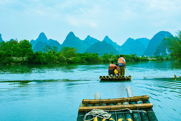 experience Yangshuo bamboo rafting in school trip to Guilin