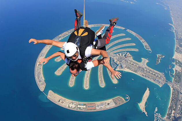 experience amazing Skydiving from school tour to Singapore