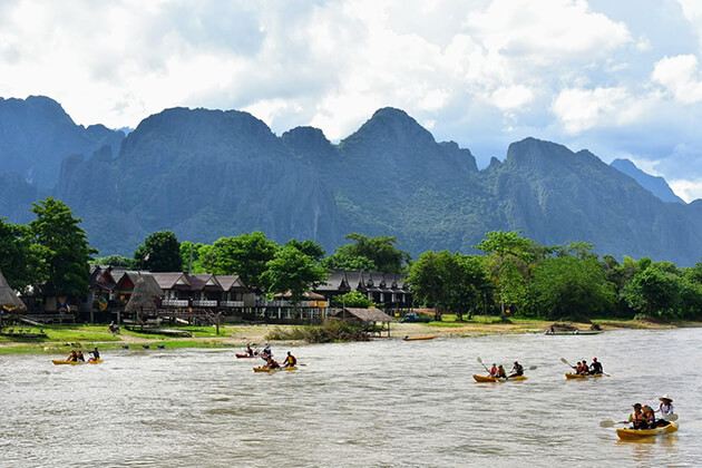 kayaking on nam song river