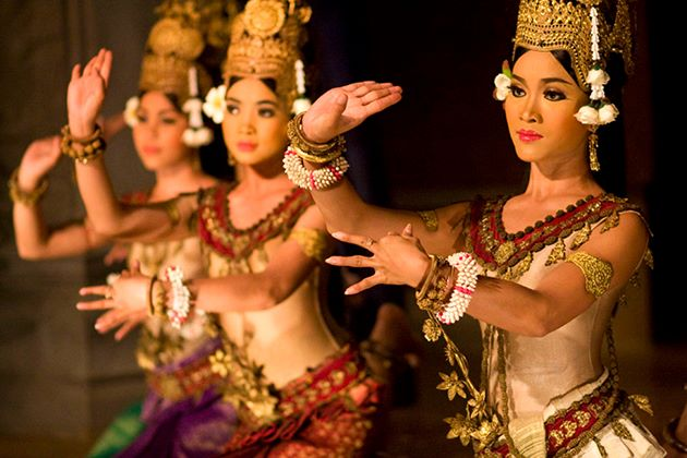 see Apsara-dance-performance in Cambodia school trips