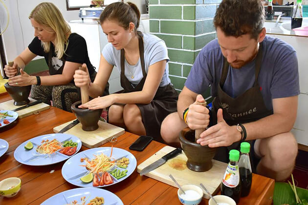 students get hands-on experience from school tour