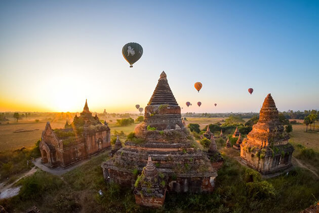 stunning view of Bagan-temples